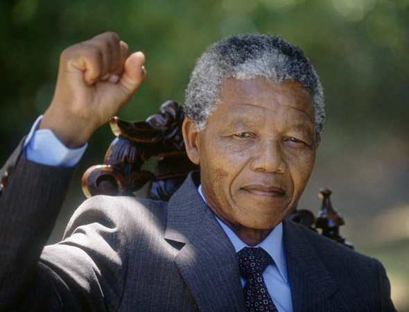 4 Serious Lessons Every Nigerian Politician Should Learn From Nelson Mandela