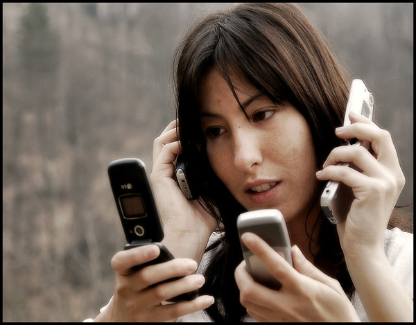 Phone Madness: 7 Deadly Mobile Phone Sins You Should Stop Committing.